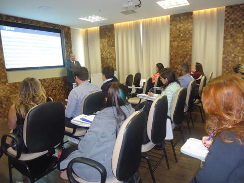 consultores de fidc e fomento comercial em treinamento