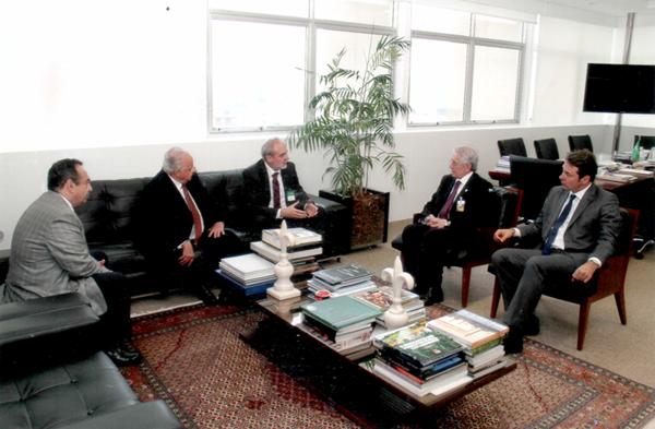 Reunião com o Presidente do Tribunal de Justiça de Santa Catarina, Desembargador Nelson Schaefer e o presidente da ANFAC.